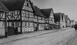 Die alte Hauptstraße.