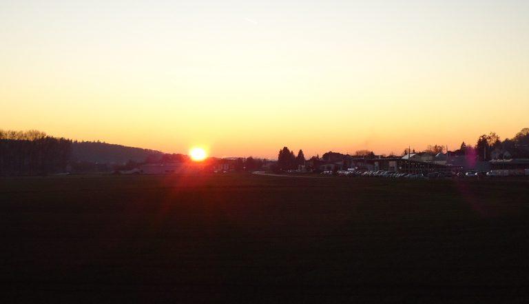 Sonnenuntergang mit Blick vom Damm Richtung Düdelsheim1_MF